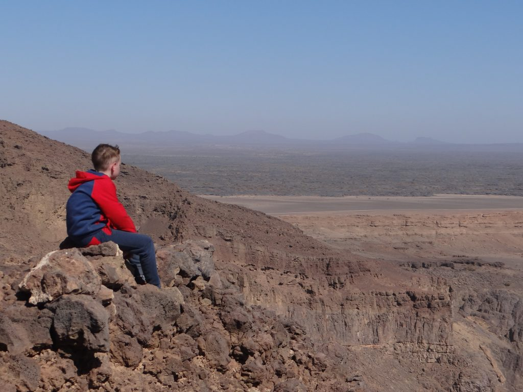 Uitzich over de Saoedische woestijn