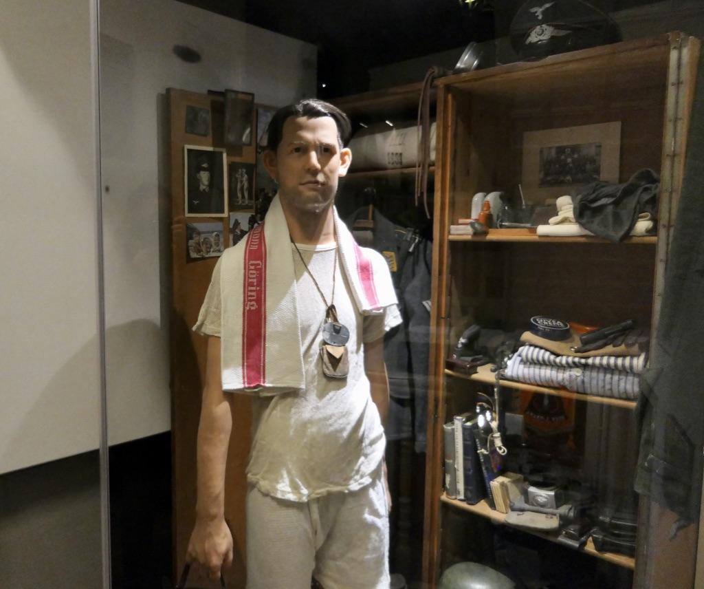 Eyewitess museum August
