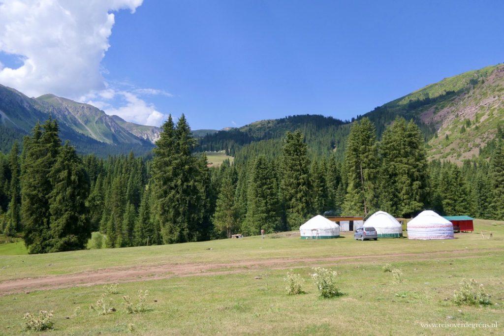 Bloemenvallei Jeti Oguz Kirgizië